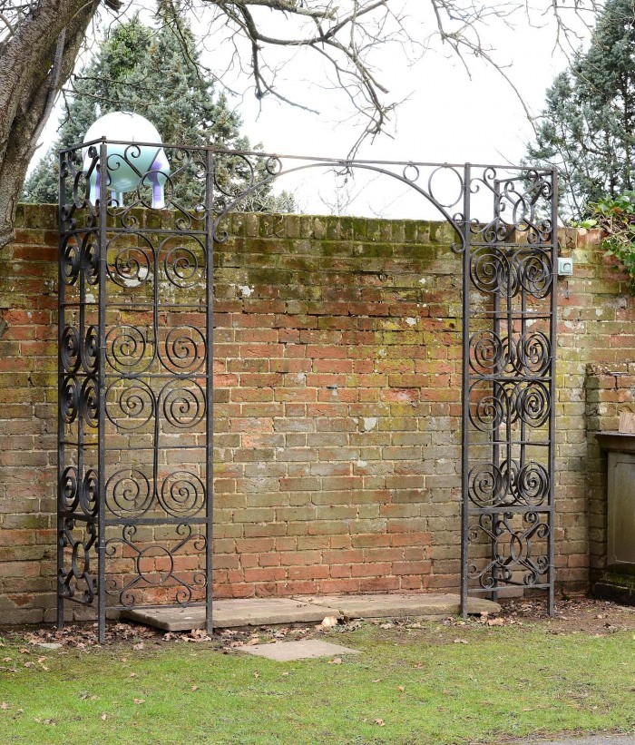 Auction 6-16 Iron entry