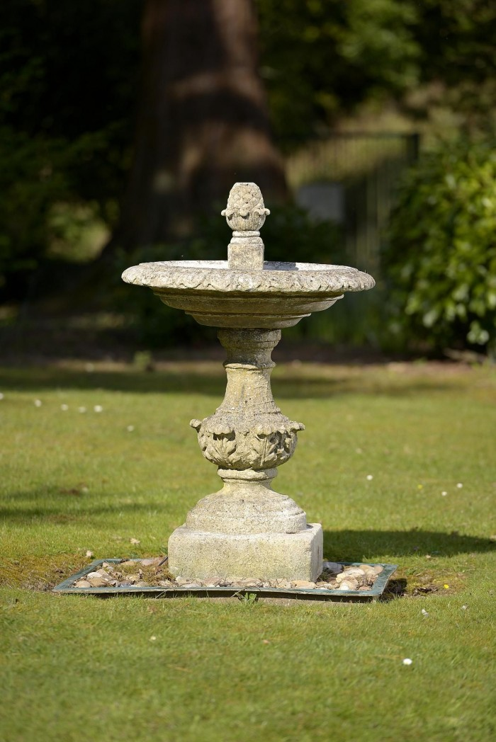 auction 6-16 stone birdbath